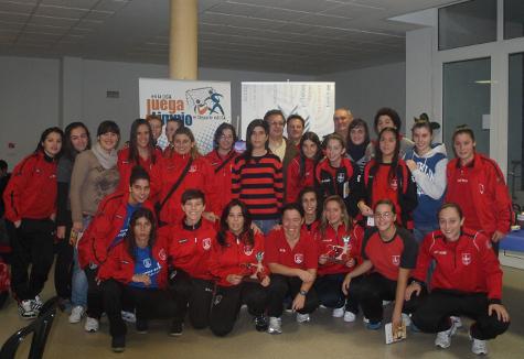 El II Encuentro 'Mujer y Deporte UCA', un acto de amistad y deportividad