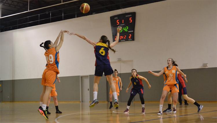 La selección femenina de Baloncesto de la UCA participa en los Campenatos de Andalucía Universitarios
