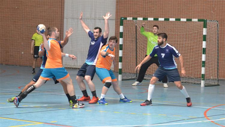 La selección de Balonmano masculina de la UCA participó en los Campeonatos de Andalucía Universitarios