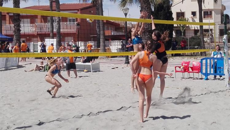 Medalla de bronce para la UCA en los Campeonatos de España Universitarios de Voley Playa