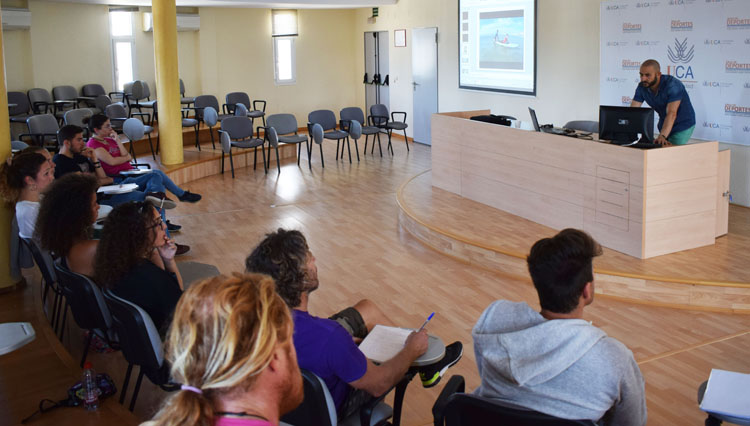 """Finalizada la Fase Teórica del """"VII Curso UCASport Surf y Diversidad Funcional"""""""