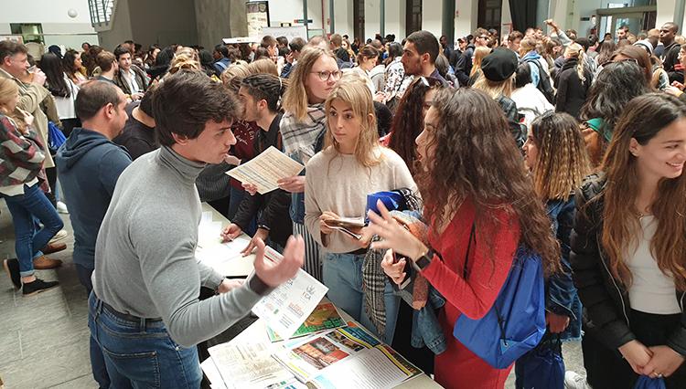 El Área de Deportes de la UCA participa  en el acto de bienvenida a los estudiantes Erasmus