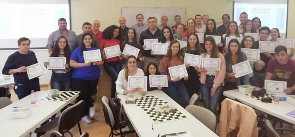El Complejo Deportivo UCA acoge cursos de instructores autonómicos de ajedrez impartidos por Ajeduca