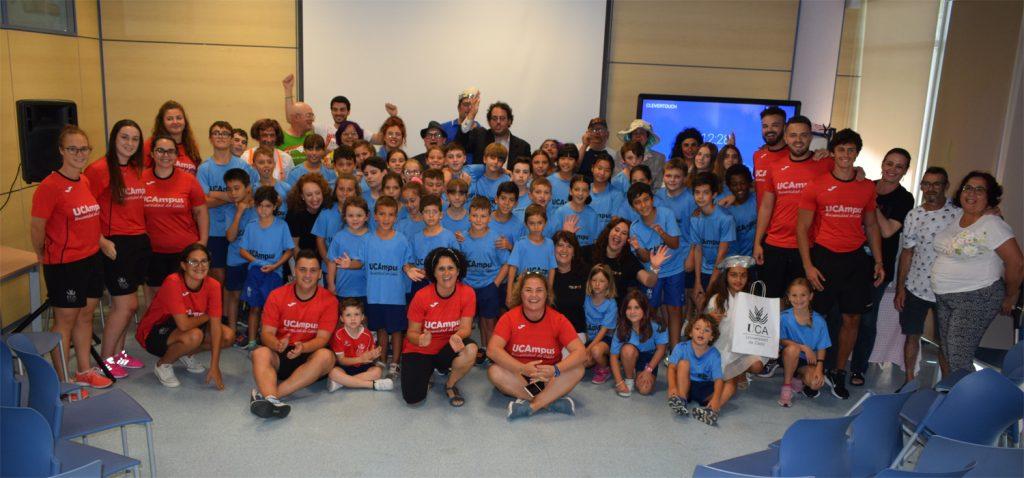 """Teatro Inclusivo para despedir la semana """"Un@ para tod@s… tod@s para un@"""" del VII UCAmpus de Verano Universidad de Cádiz"""